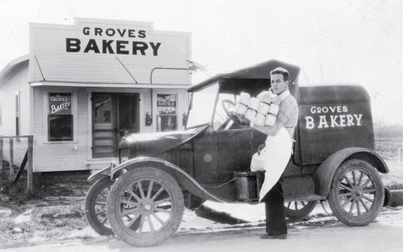 Archived Photo of Groves Bakery