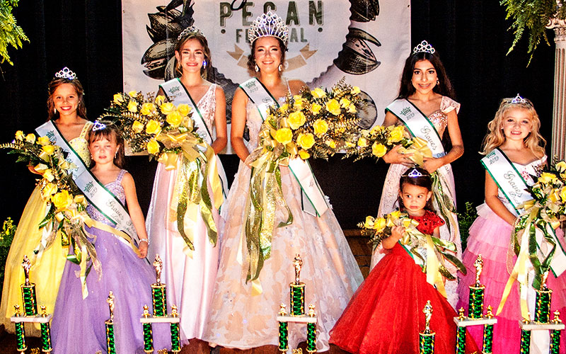 2019 Groves Pecan Queen Scholarship Pageant Winners